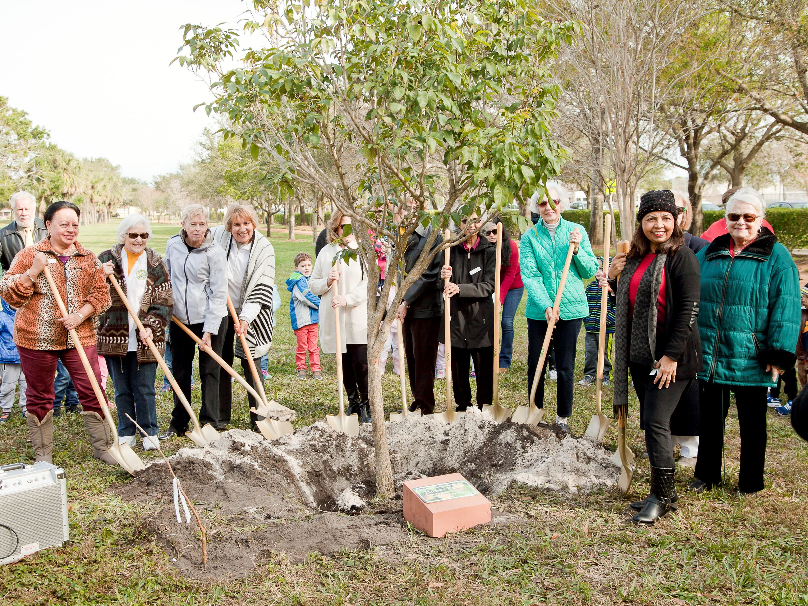 Arbor Day 2018 PBG Woman's Club