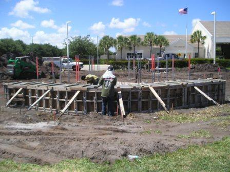 09.11.01 Memorial Plaza - Construction